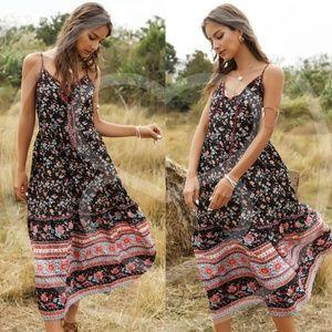 RYLEEN Floral print Midi Dress